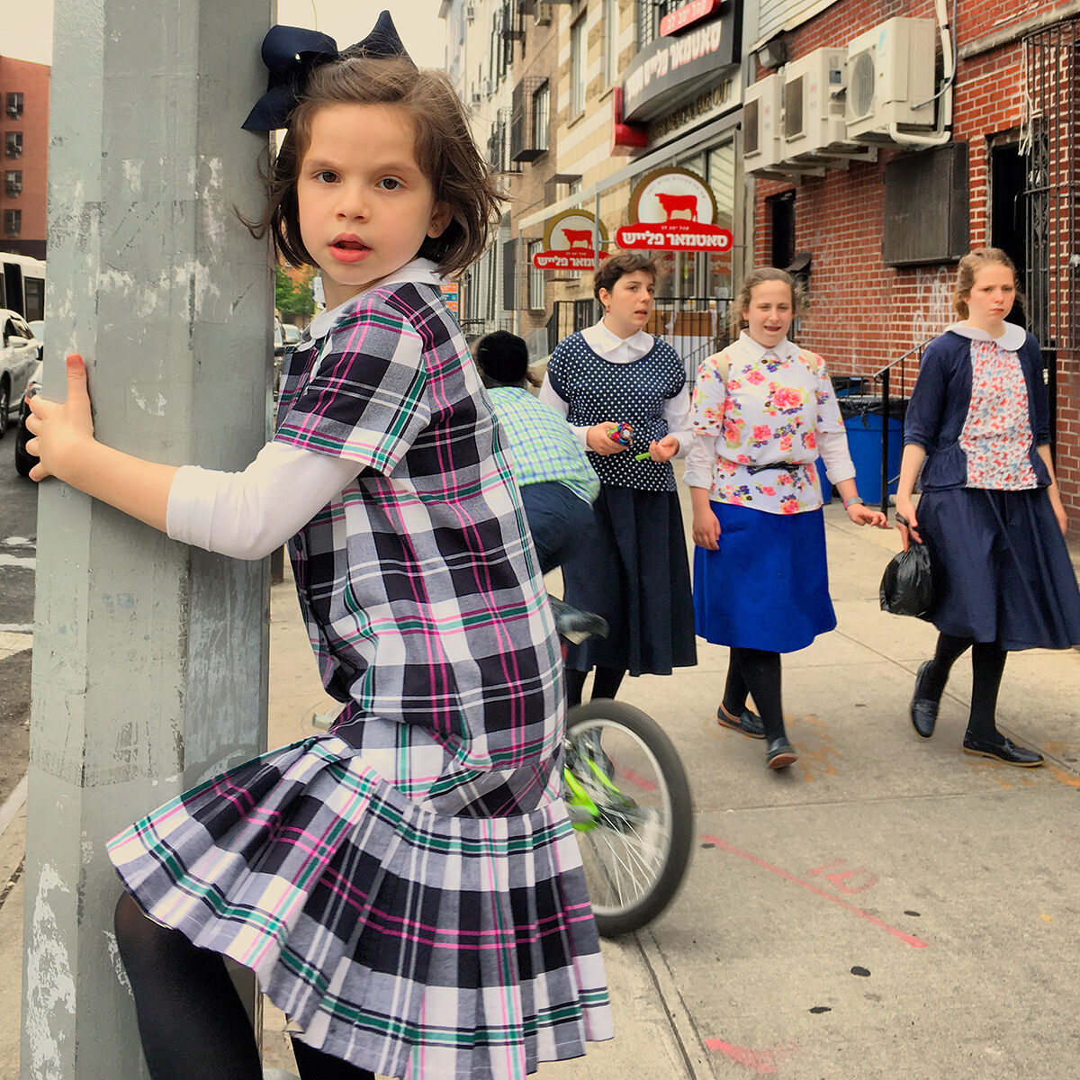 """Amy Touchette, from """"Street Dailies,"""" Lee Avenue, Bed-Stuy, Brooklyn, 2016. Courtesy of the artist and ClampArt."""