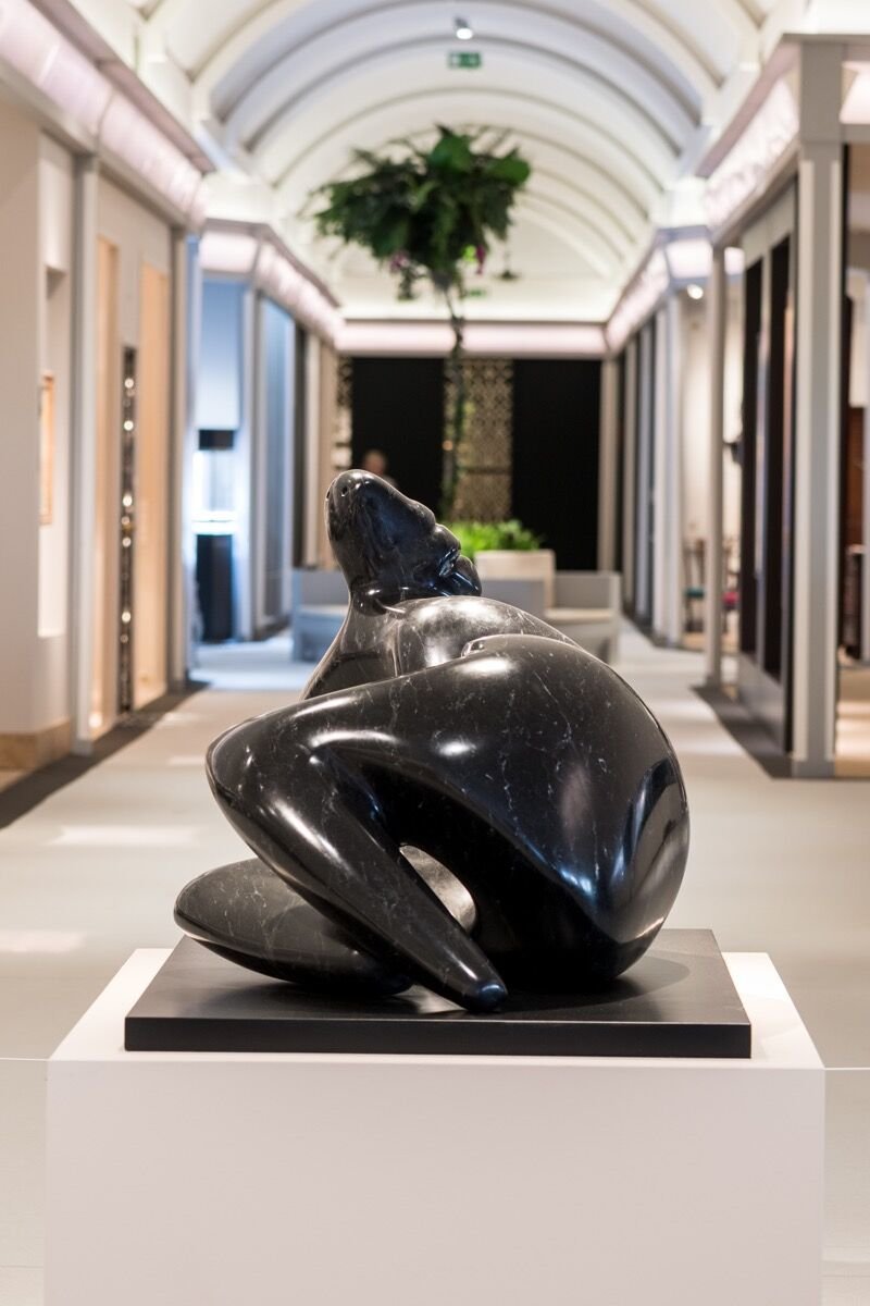 Henry Moore, Reclining Figure: Curved, 1977. Photo by Ben Fisher. Courtesy of Masterpiece London 2018.