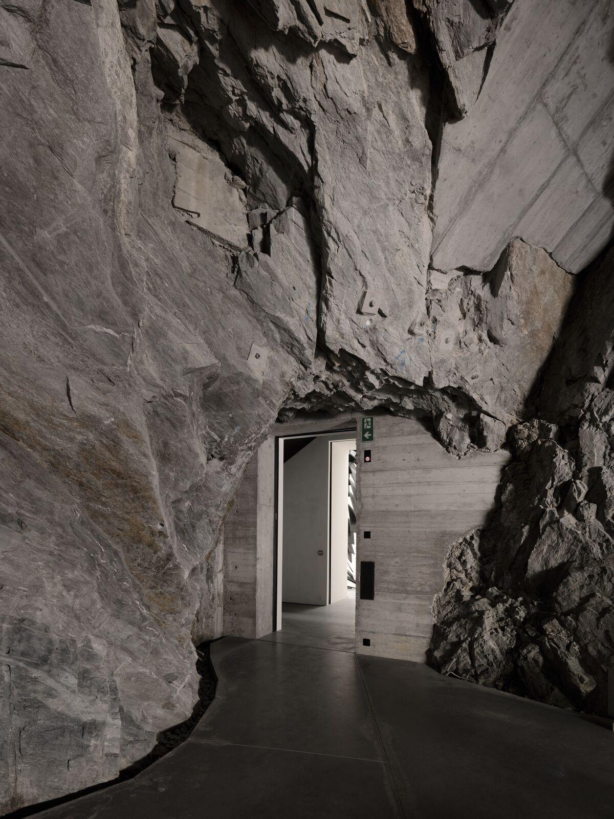 Muzeum Susch (interior views), Switzerland. Images © Studio Stefano Graziani. Courtesy of Muzeum Susch, Art Stations Foundation, CH.