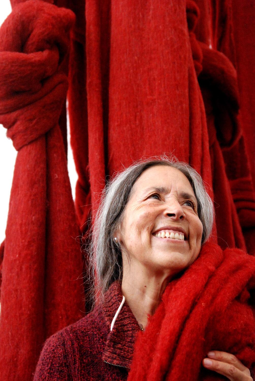 Portrait of Cecilia Vicuña by Daniela Aravena. Courtesy of The Museum of Contemporary Art, North Miami.