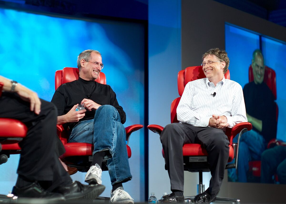 "Steve Jobs and Bill Gates at ""D5: All Things Digital"" conference, 2007. Image via Wikimedia Commons."
