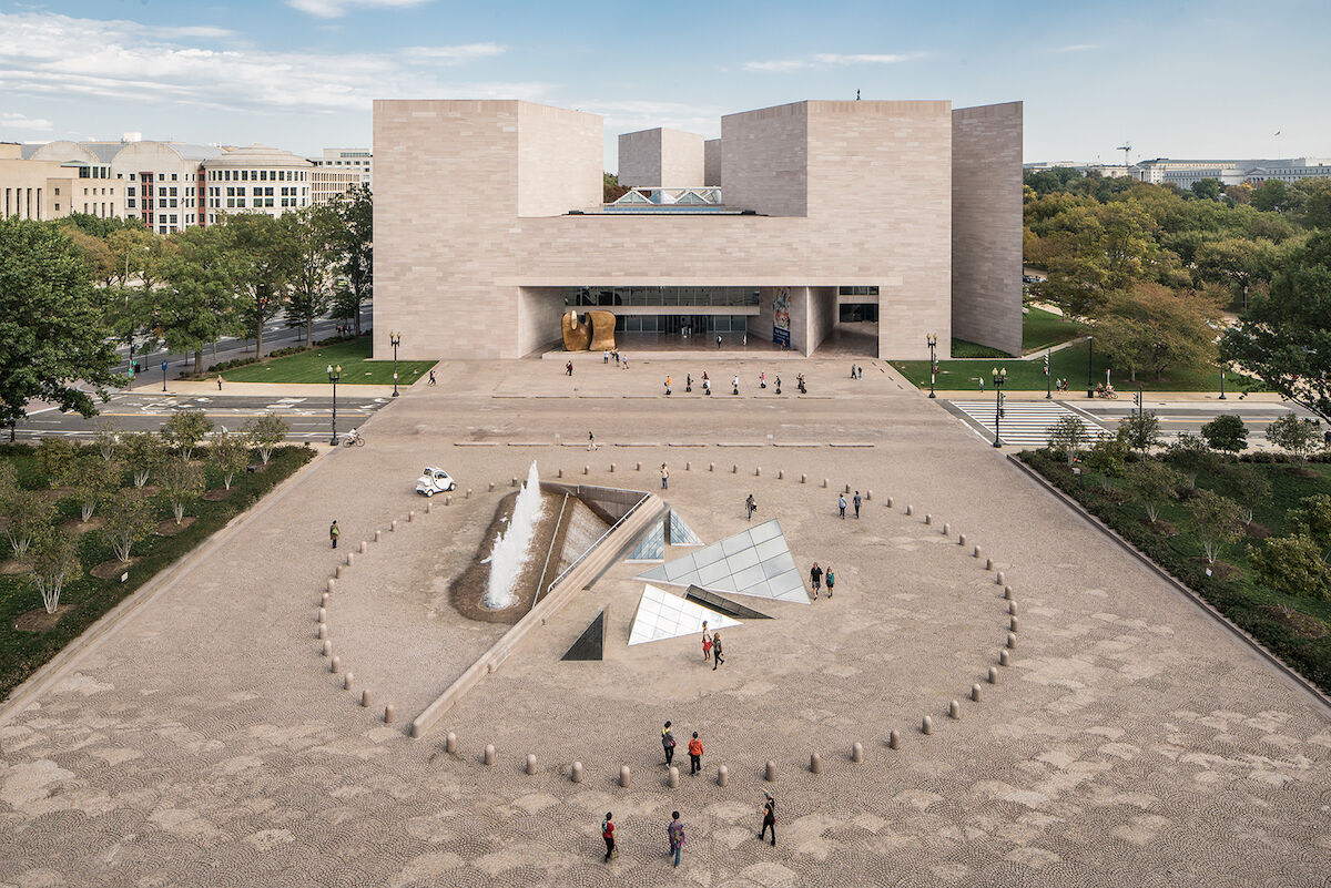 The East Building of the National Gallery of Art in Washington, D.C., designed by I.M. Pei. Photo courtesy the National Gallery of Art, via Wikimedia Commons.
