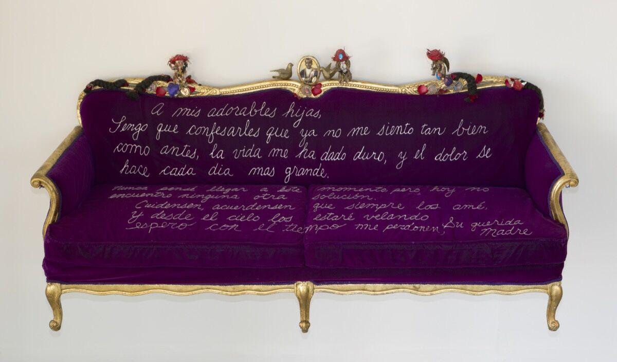 Pepón Osorio,A mis adorables hijas, 1990. Image byRex Desrosiers, courtesy of CCCADI.