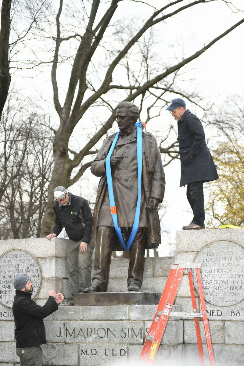 Removal of Dr. J. Marion Sims statue in Central Park, New York City. 2018. Photo by Malcolm Pinckney/NYC Parks.
