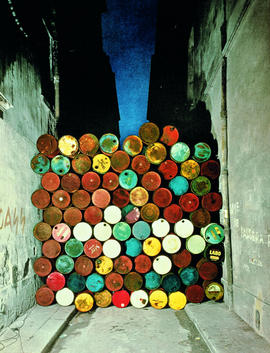 Christo and Jeanne-Claude, Wall of Barrels - The Iron Curtain, Rue Visconti, Paris, 1961-62. © 1962 Christo. Photo by Jean-Dominique Lajoux. Courtesy of the artist.