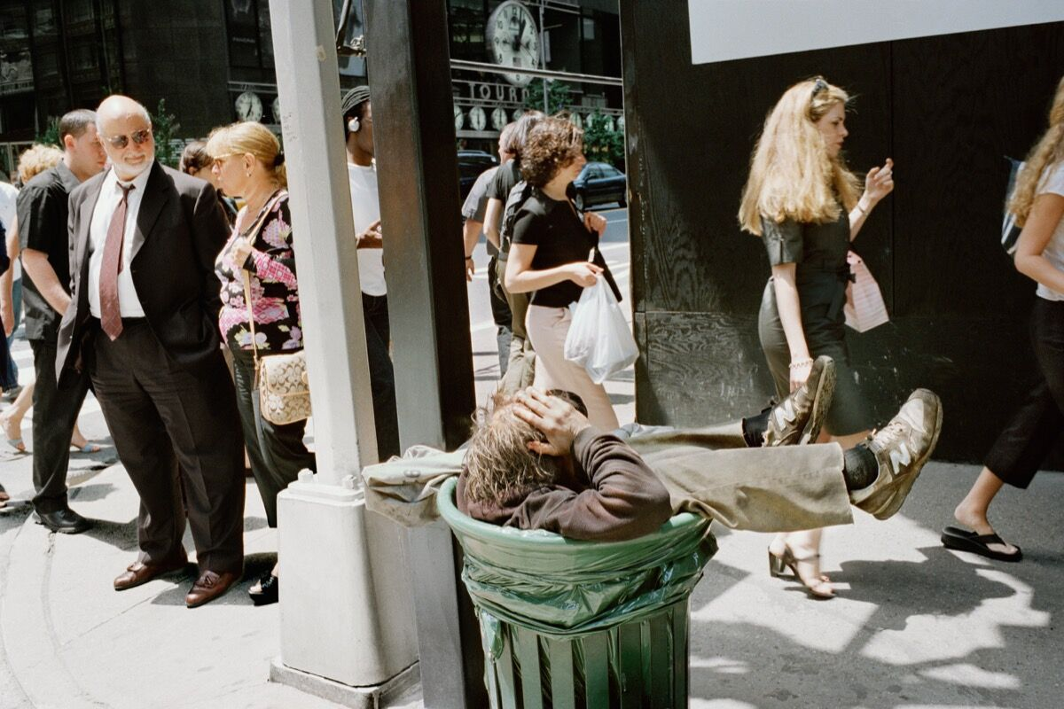 1017a3752065 The Bible of Street Photography Was Just Updated for the First Time ...