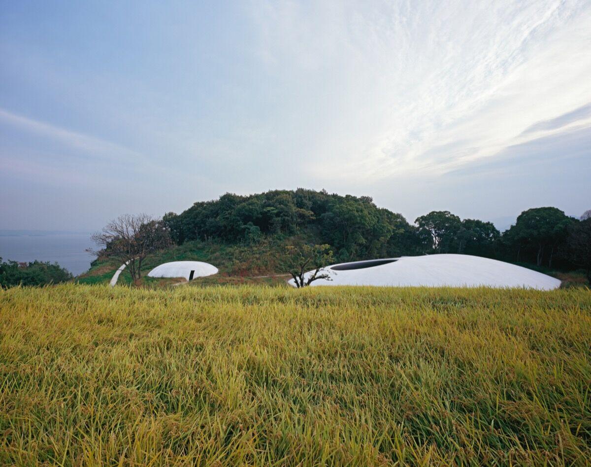 Photo by Ken'ichi Suzuki, courtesy of Teshima Art Museum.