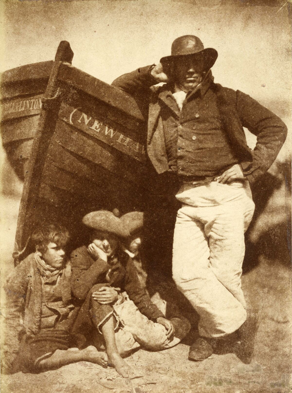 D.O. Hill and Robert Adamson. Sandy Linton, his boat and his bairns, New Haven, 1845. Courtesy of The Barnes Foundation, Michael Mattis and Judy Hochberg.
