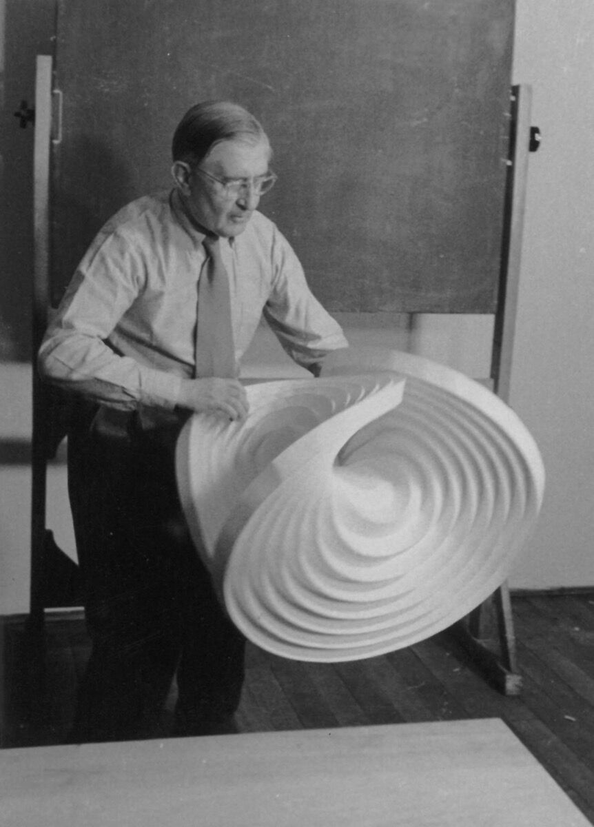 HfG basic course, Josef Albers with folding object, 1953. Photo by Eva-Maria Koch, Hans G. Conrad. Courtesy of HfG-Archiv/Ulmer Museum.