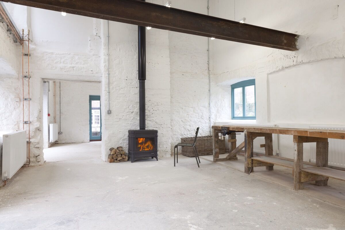 Hauser & Wirth's studio in Bruton. Courtesy of the gallery.