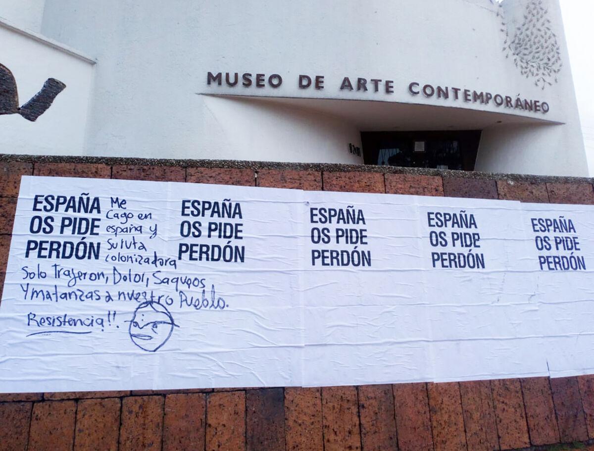 Abel Azcona, installation view of España os pide perdón in Bogotá, Colombia, 2020.