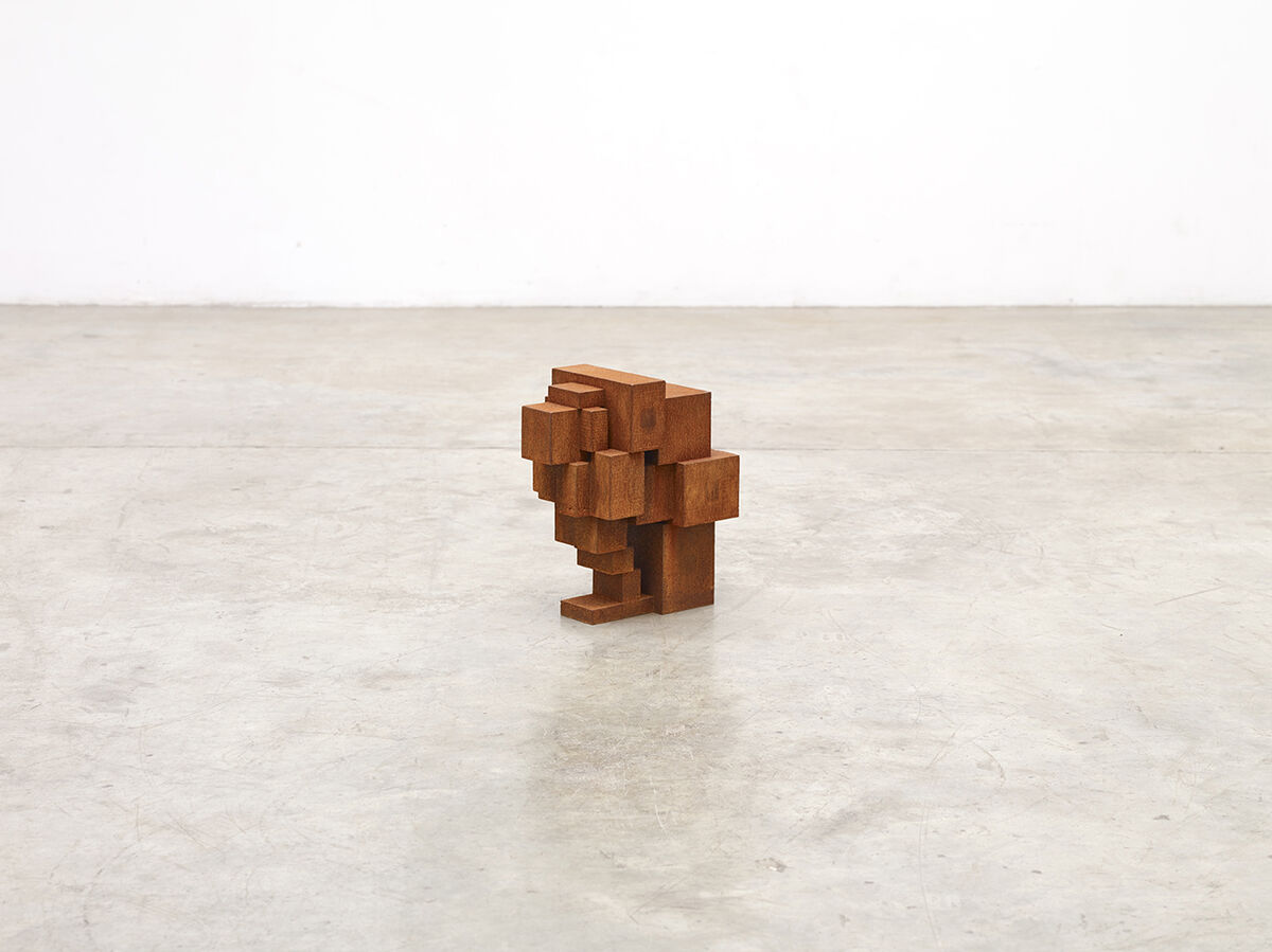Antony Gormley, Small Wait III, 2016. Courtesy of Galerie Thaddaeus Ropac.
