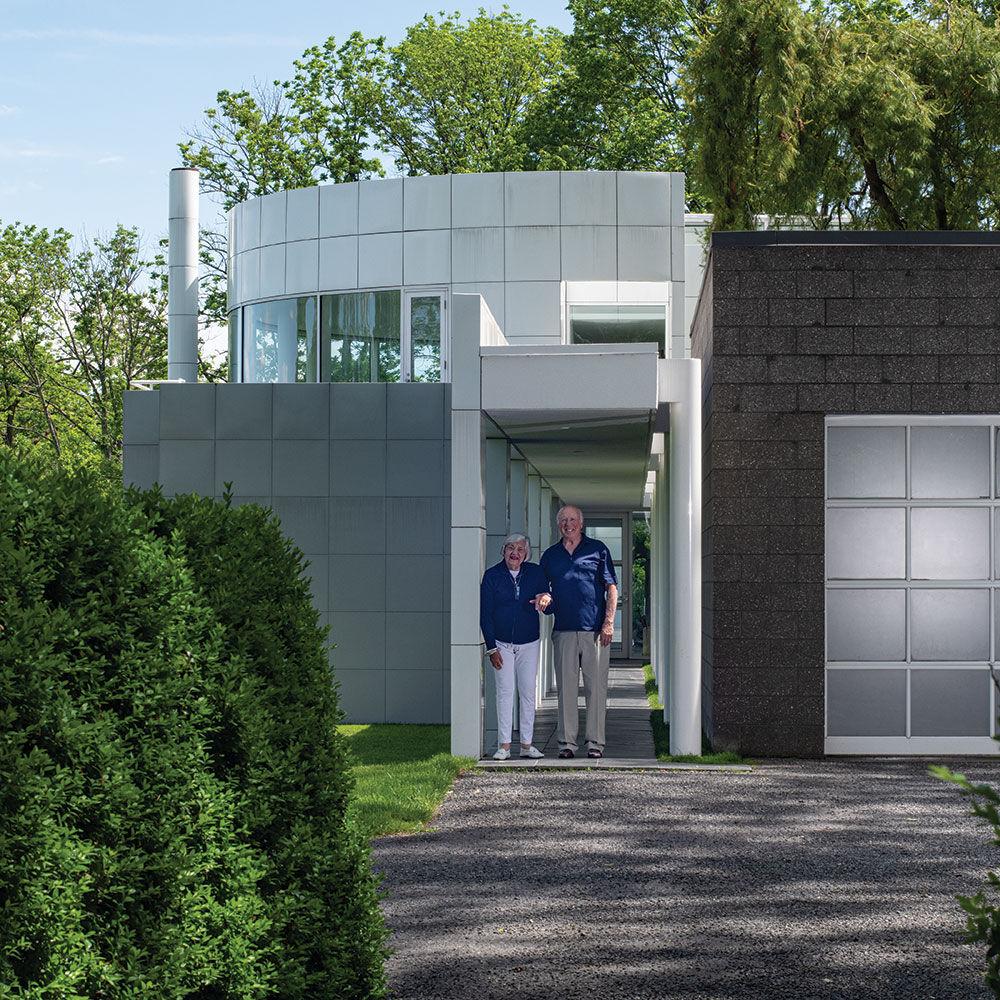 Portrait of Lou and Sandy Grotta outside their Richard Meier home. Photo by Tom Grotta. Courtesy of browngrotta arts.