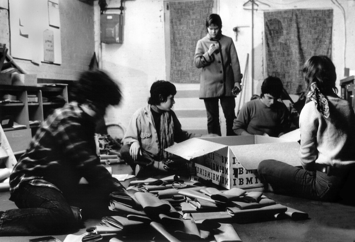 Joan E. Biren, Mailing out The Furies newspaper, Washington, DC, 1972. Left to right: Ginny Berson, Susan Baker (not a member of the Furies Collective), Coletta Reid (standing), Rita Mae Brown, Lee Schwing. © 2019 JEB (Joan E. Biren). Courtesy of the artist.