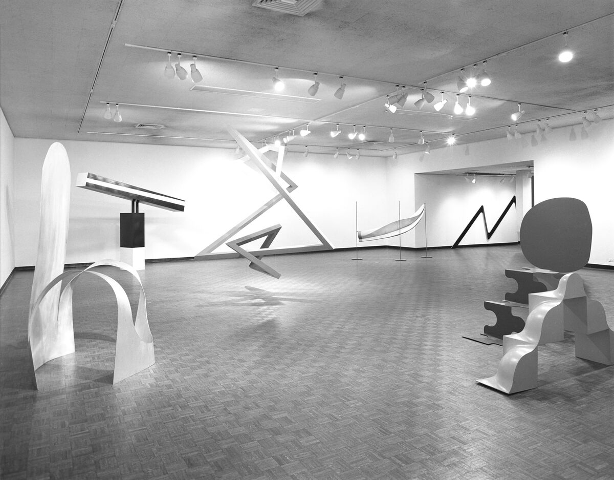 Installation view, Primary Structures: Younger American and British Sculptors, The Jewish Museum, 1966. Courtesy of The Jewish Museum.