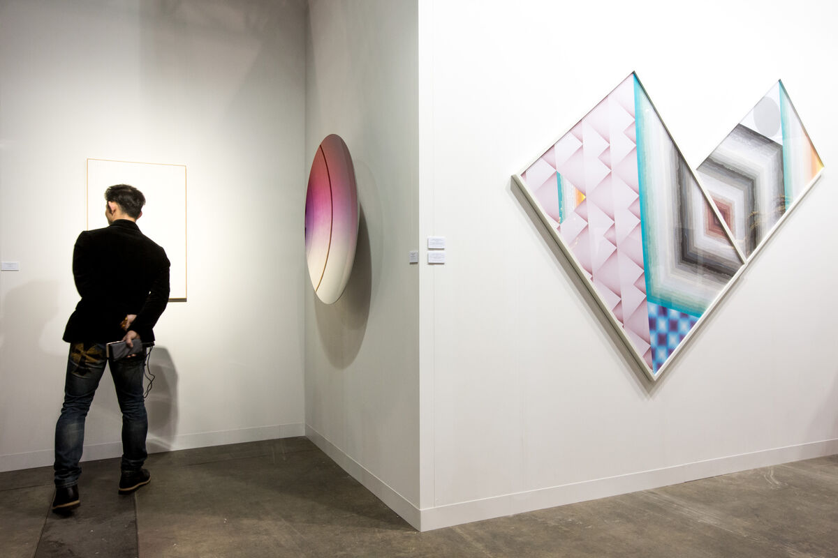 Installation view of Kukje Gallery's booth at Art Basel in Hong Kong, 2016. Courtesy of the fair.