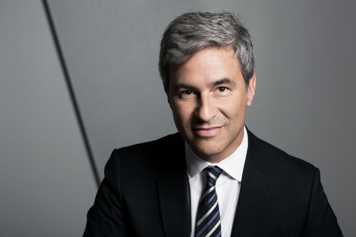 Portrait of Michael Govan. Photo © Brigitte Lacombe. Courtesy of LACMA.