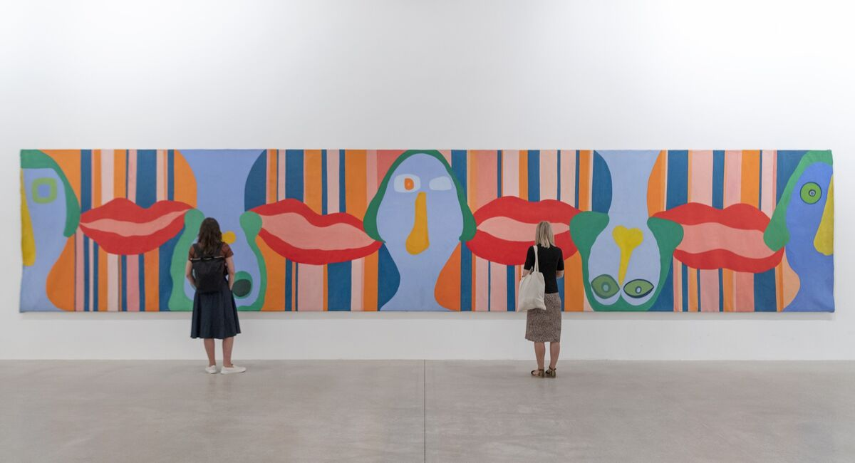"Installation shot from The Tate St. Ives. Huguette Caland, Visages sans bouches, bouches sans visages (""Faces without Mouths, Mouths without Faces""), 1970–1. Courtesy of Huguette Caland and The Tate."