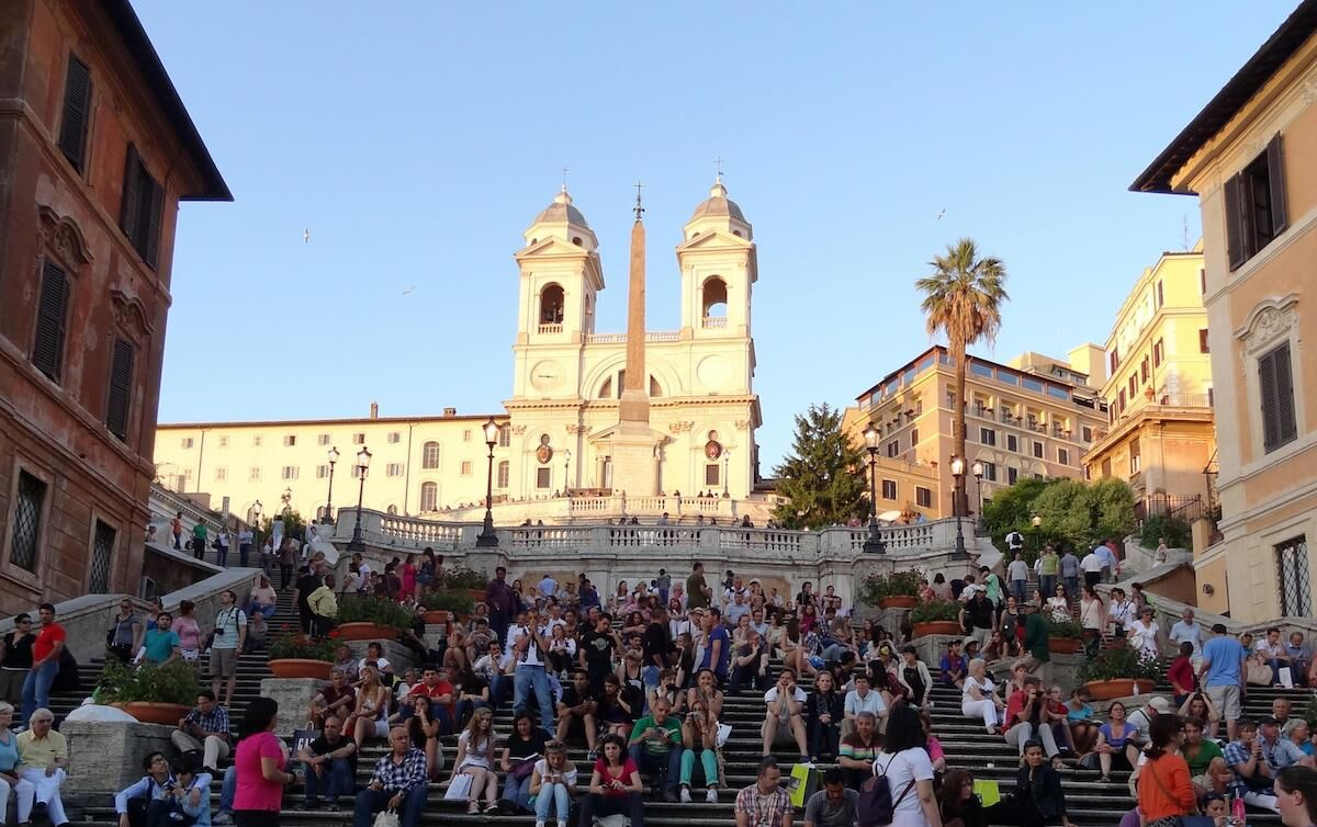 Crowds seated on the Spanish Steps in Rome. Photo by graham jowett, via Flickr.