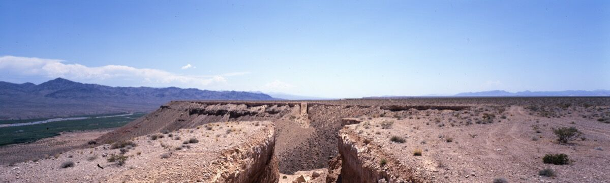 Michael Heizer, Double Negative, 1969. © Michael Heizer. Photo by Tom Vinetz, courtesy of the artist and Gagosian Gallery.