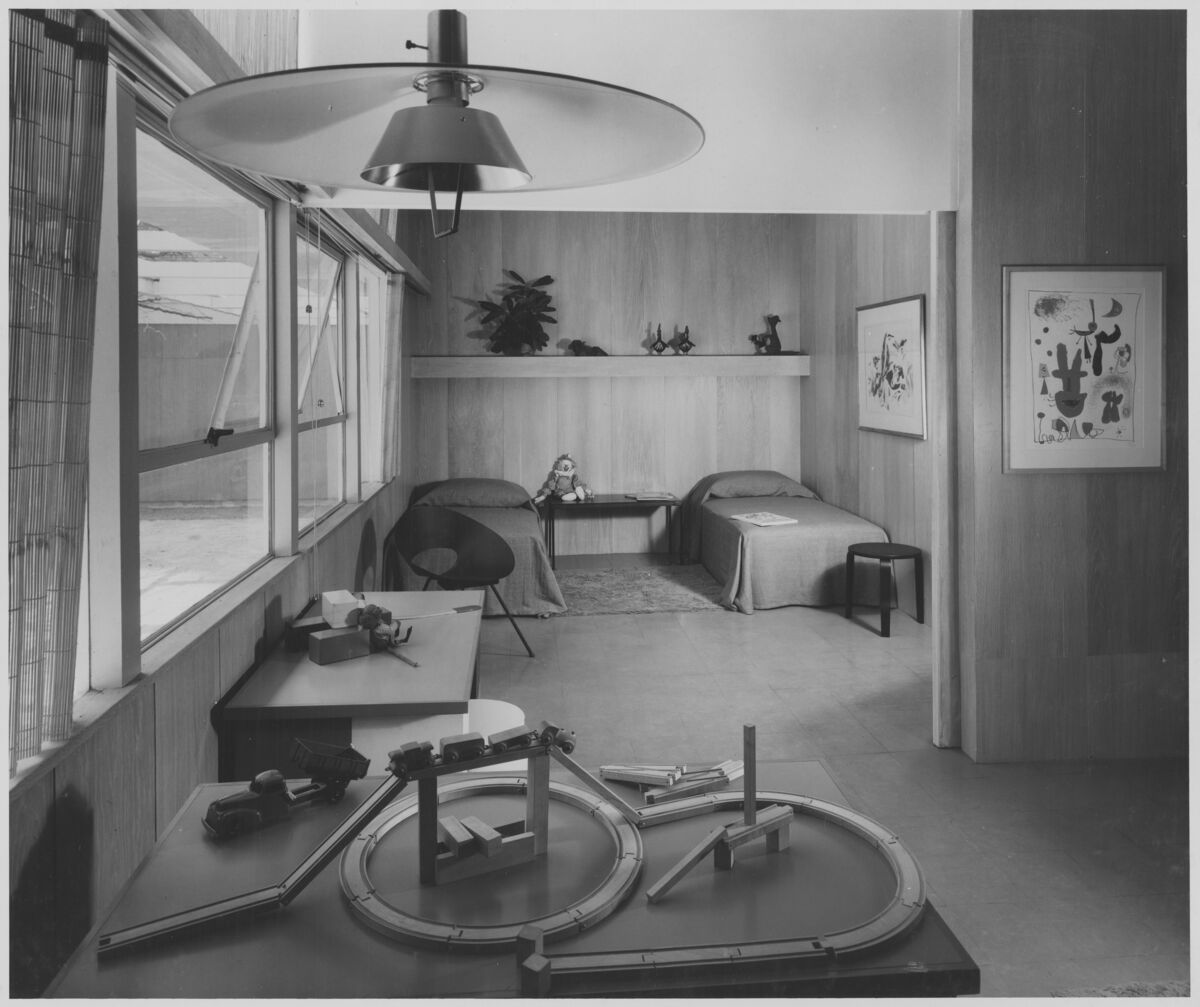 """Installation view of the exhibition, """"Exhibition House by Gregory Ain,"""" on view at The Museum of Modern Art, New York, May 17, 1950 through October 29, 1950. The Museum of Modern Art Archives, New York."""