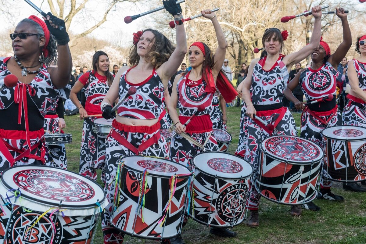 Marinella Senatore, Protest Forms: Memory and Celebration Part II. Performance by Batala New York. Courtesy of the Queens Museum. Photo by Stephanie Berger.