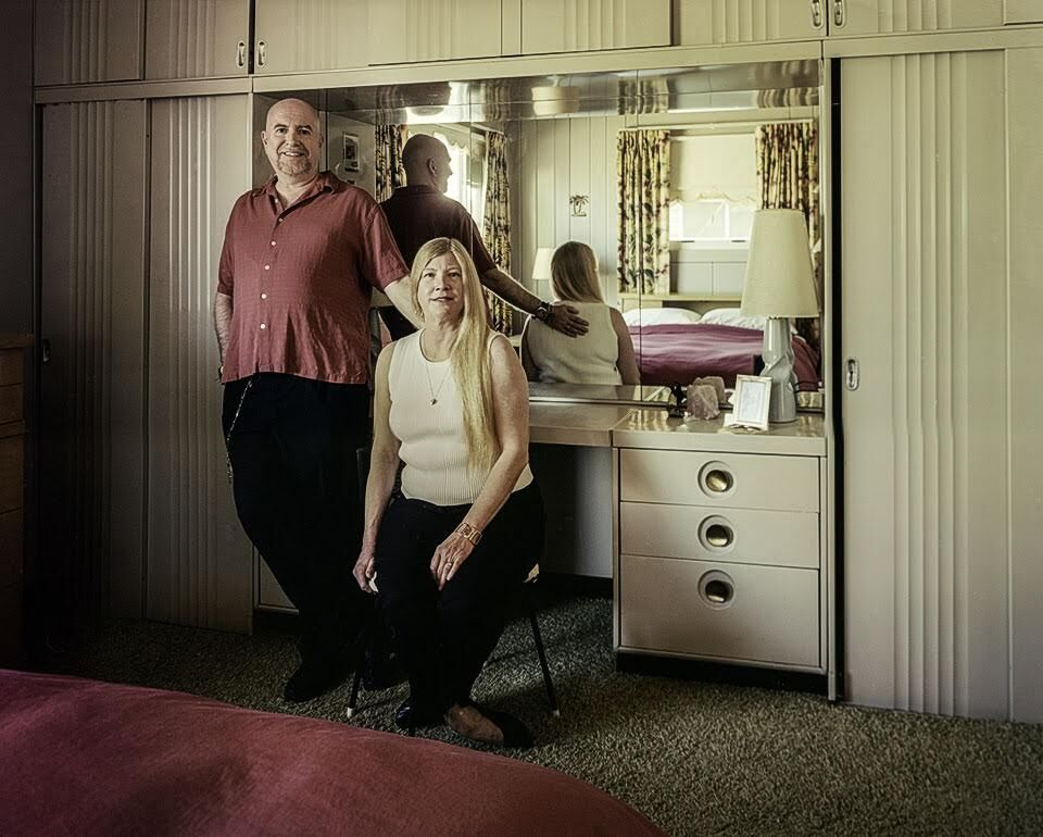 """Chuck Mintz, Joe and Kathryn, St. Louis, MO, from the series """"Lustron Stories,"""" 2012-14. Courtesy of the artist."""