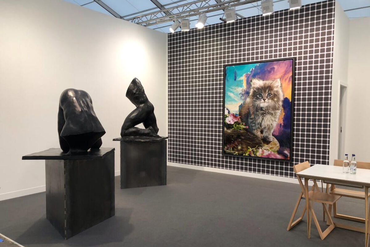 Installation view of Galerie EIGEN + ART's booth at Frieze London, 2018. Courtesy of the gallery.