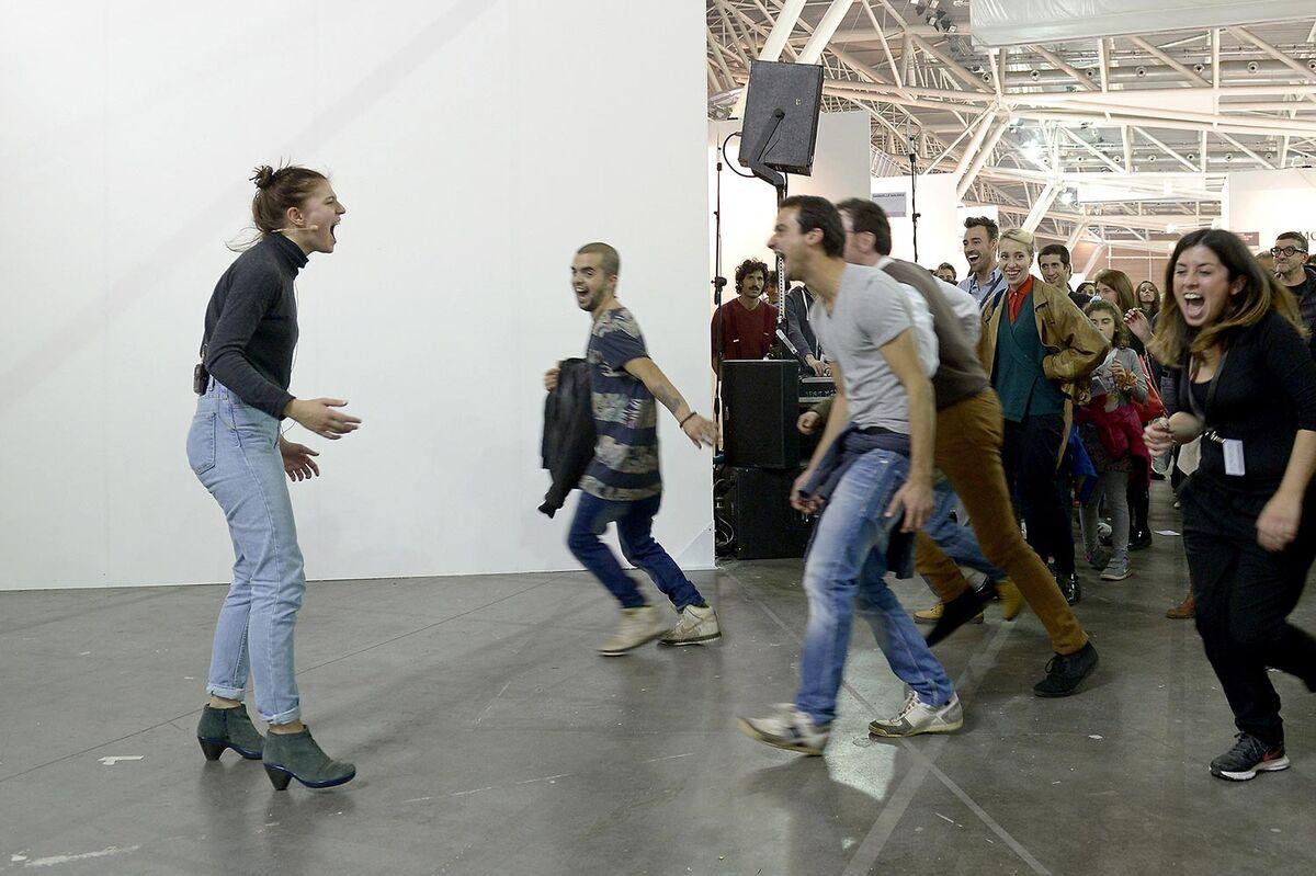 Performance by Christian Falsnaes at Artissima, 2015. Photo courtesy ofGiorgio Perottino and Filippo Alfero.