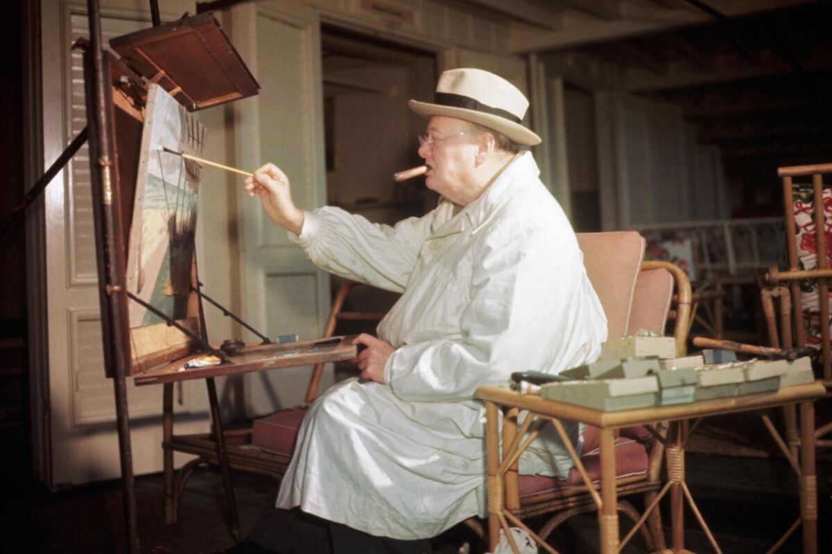 Winston Churchill painting at Miami Beach, FL. Photo by Bettman/Contributor, via Getty Images.