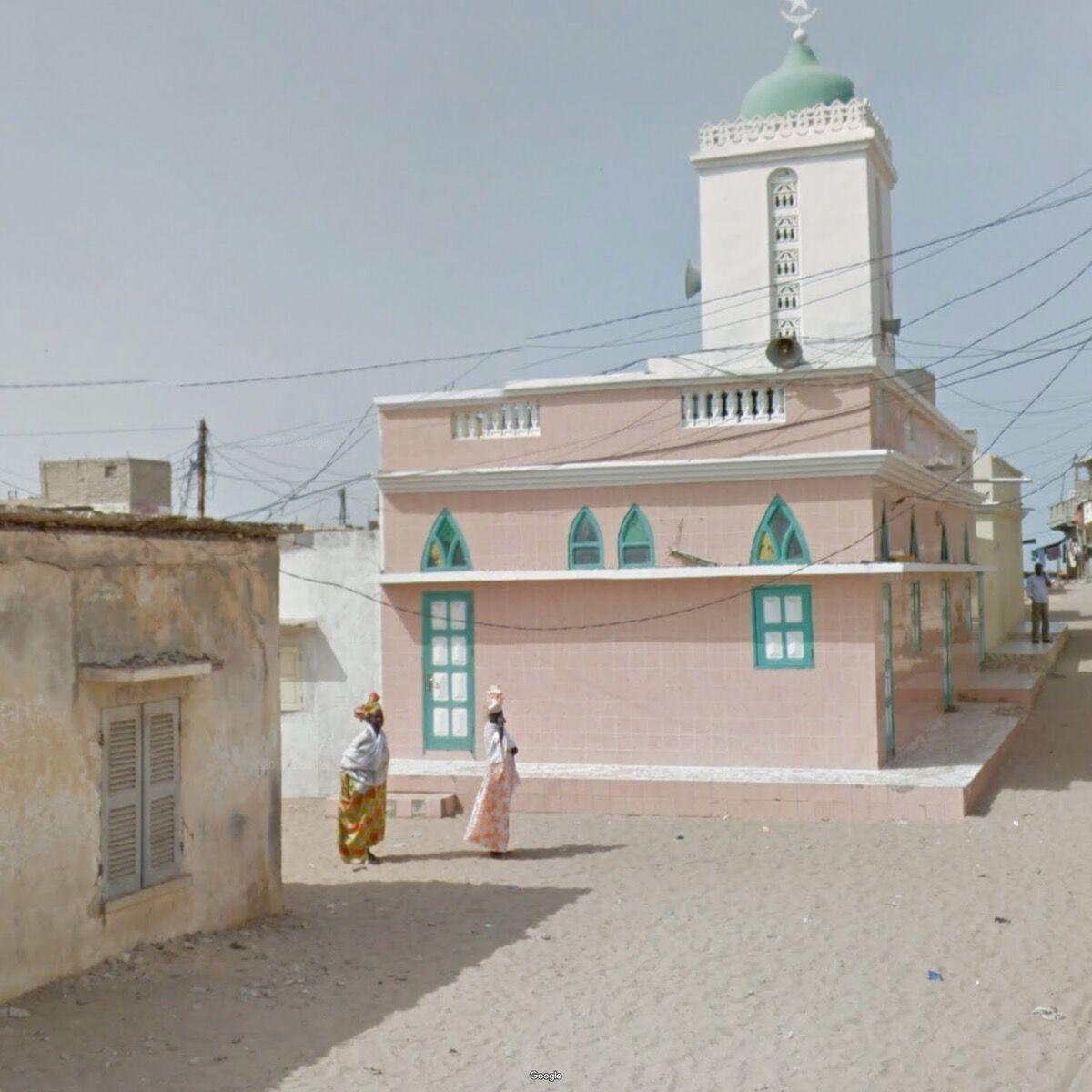 St. Louis, Senegal. Photograph by Jacqui Kenny via Google Street View.