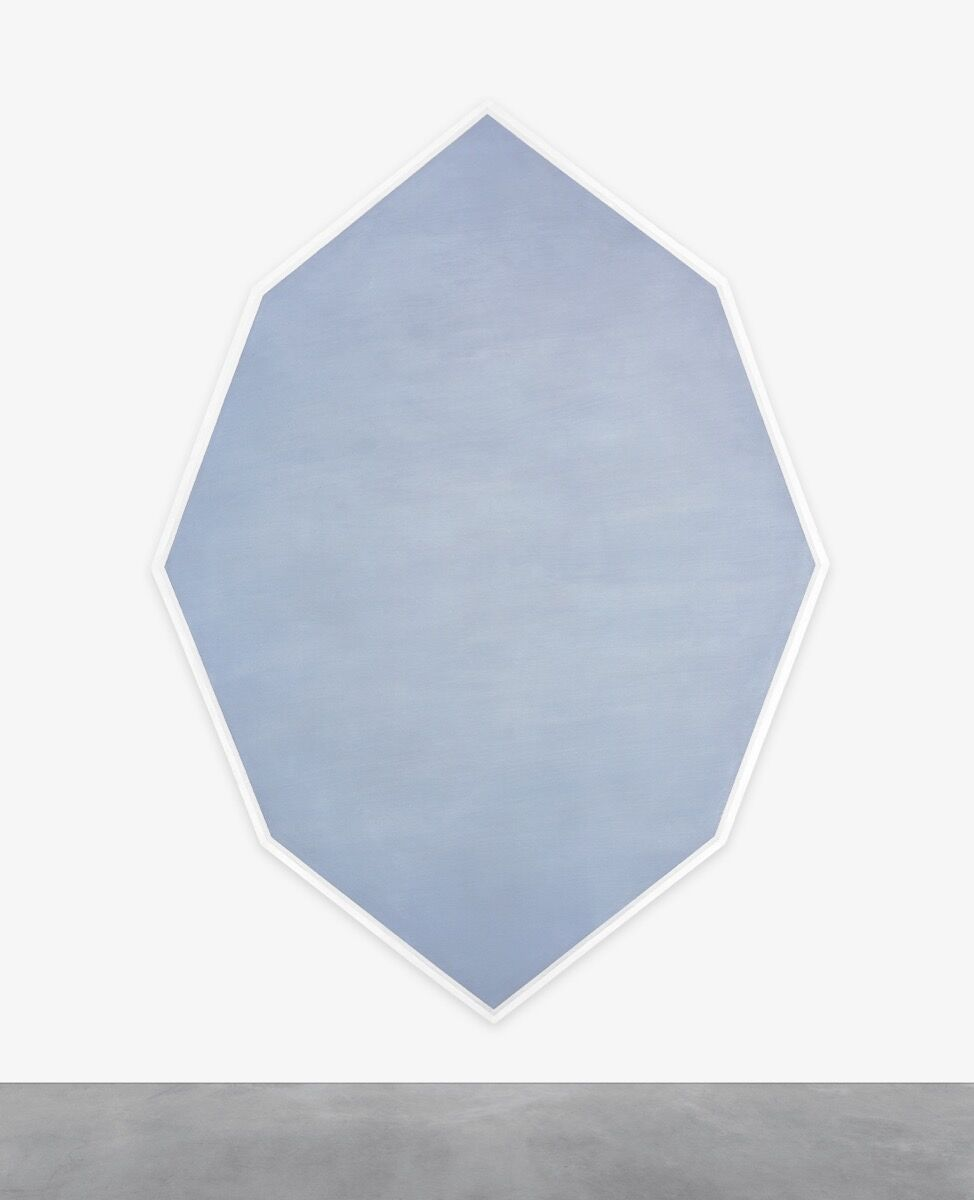 Mary Corse, Untitled (Octagonal Blue), 1964. Photo © Mary Corse. Courtesy of Kayne Griffin Corcoran, Los Angeles, Lehmann Maupin, New York, and Lisson Gallery, London.