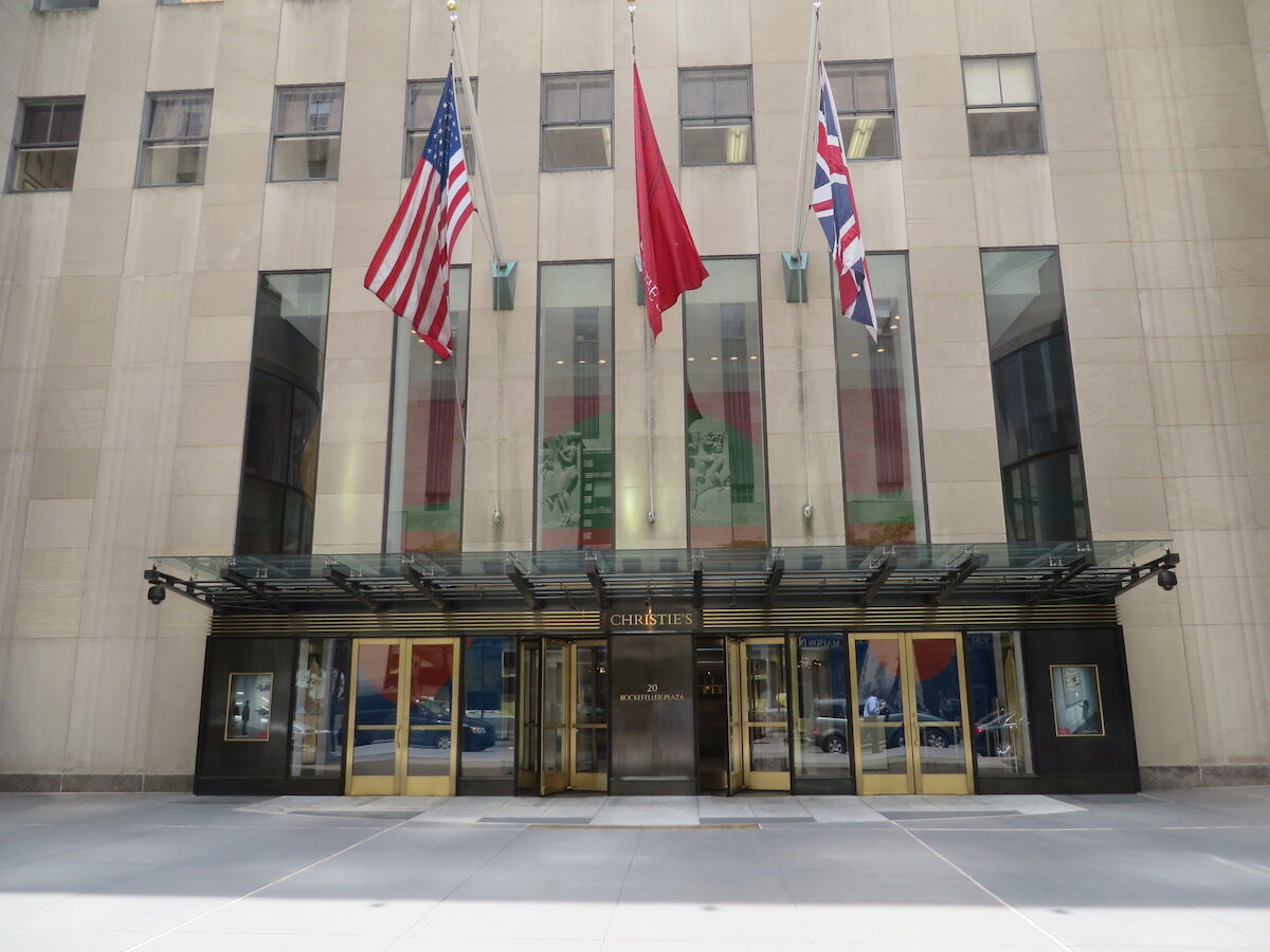 Christie's headquarters in Rockefeller Plaza. Photo by Leonard J. DeFrancisci, via Wikimedia Commons.