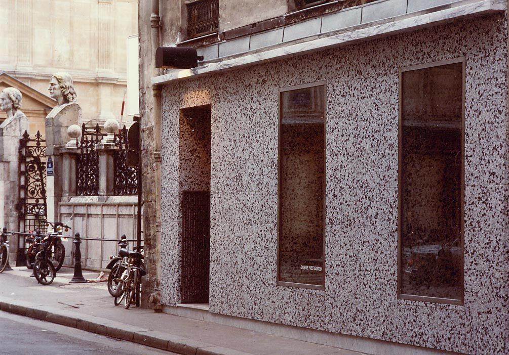 Façade byEttore Sottsass, 1985. Image courtesy of Galerie Yves Gastou