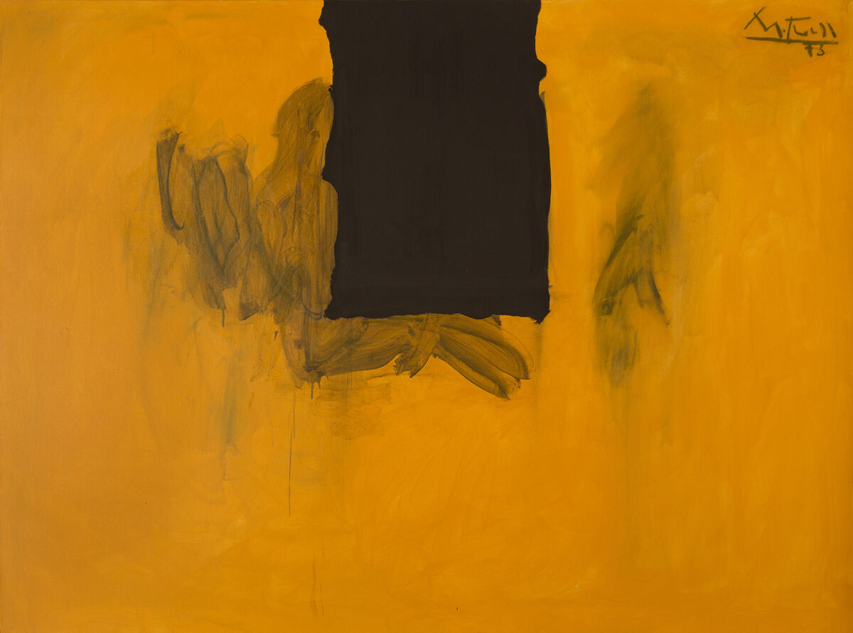 Robert Motherwell, Untitled (Ochre with Black Line) (1972-73/1974) (est. $800,000–1,200,000). Image courtesy of Heritage Auctions.