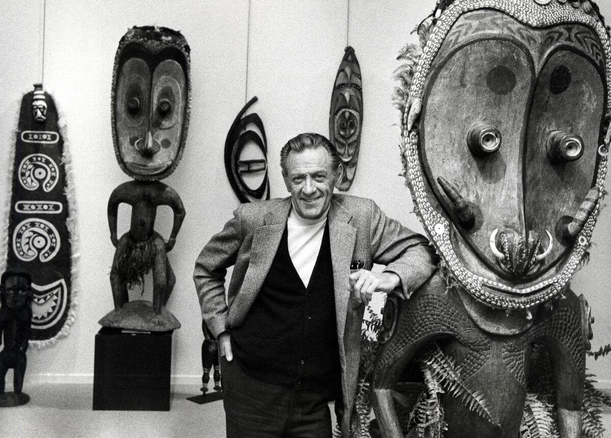 2c1c1d9e1 Deified collectors. William Holden during Bill Holden's African Art  Auction, Feingarten Gallery, New York City,