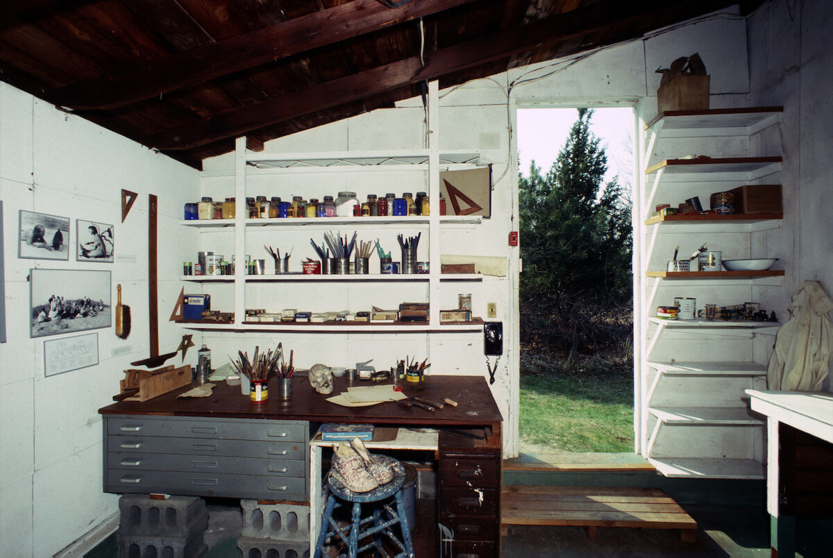 Interior view of Jackson Pollock's studio in Springs, East Hampton, New York, April 1, 1991. Photo by Susan Wood/Getty Images.