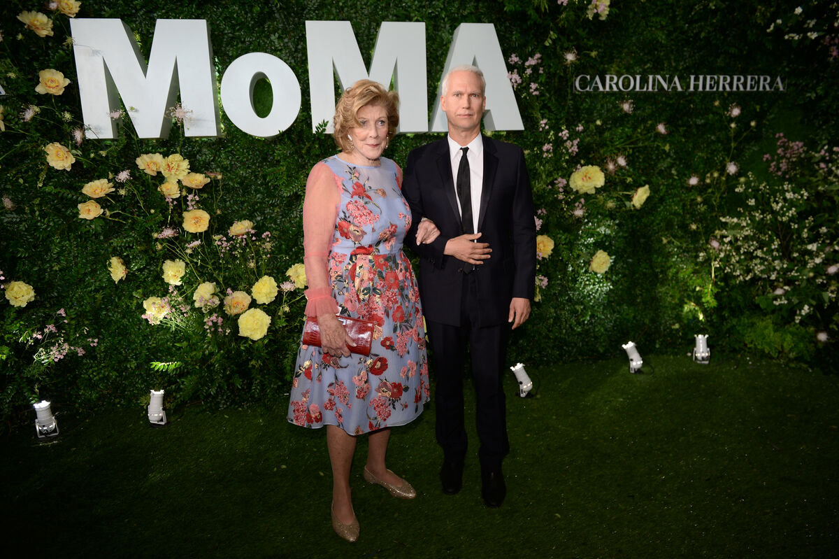 Agnes Gund and Klaus Biesenbach attend the Museum of Modern Art's 2018 Party in the Garden. Photo by Andrew Toth/Getty Images for the Museum of Modern Art.