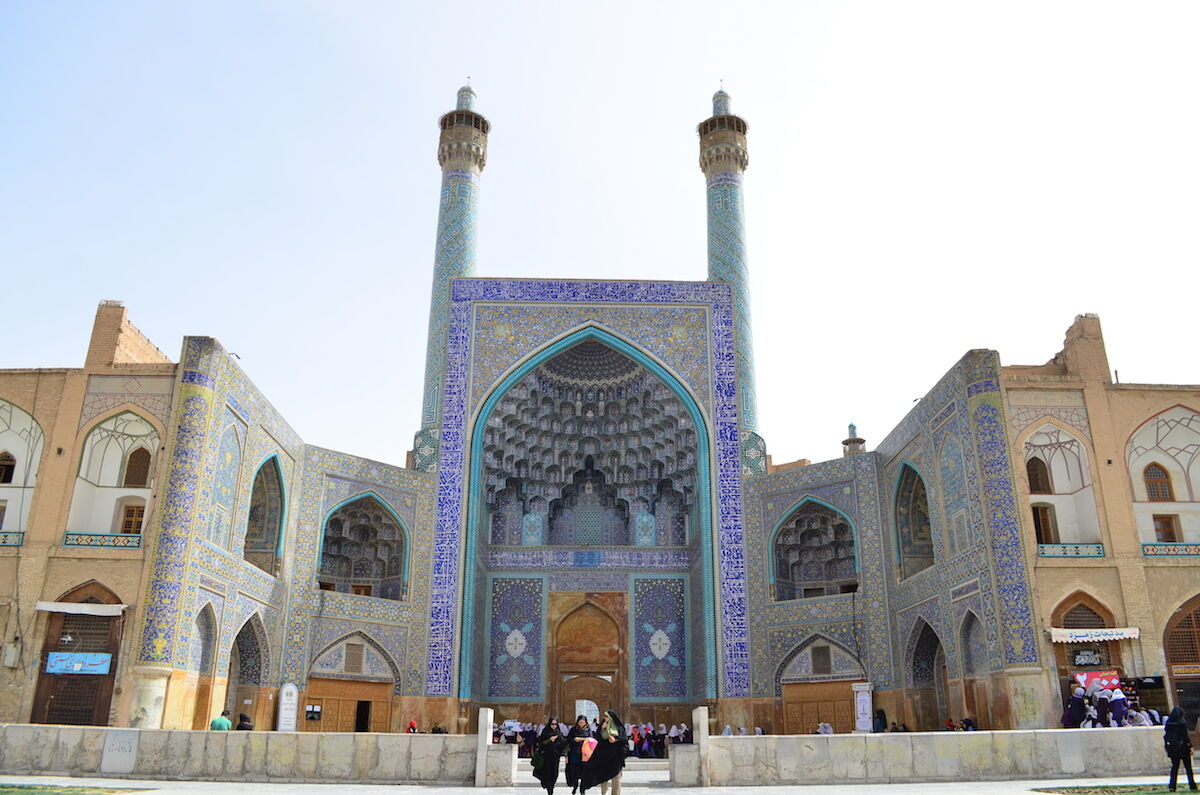One of the entrances to the Masjed-e Jāmé mosque in Isfahan, Iran. Photo by آرش, via Wikimedia Commons.