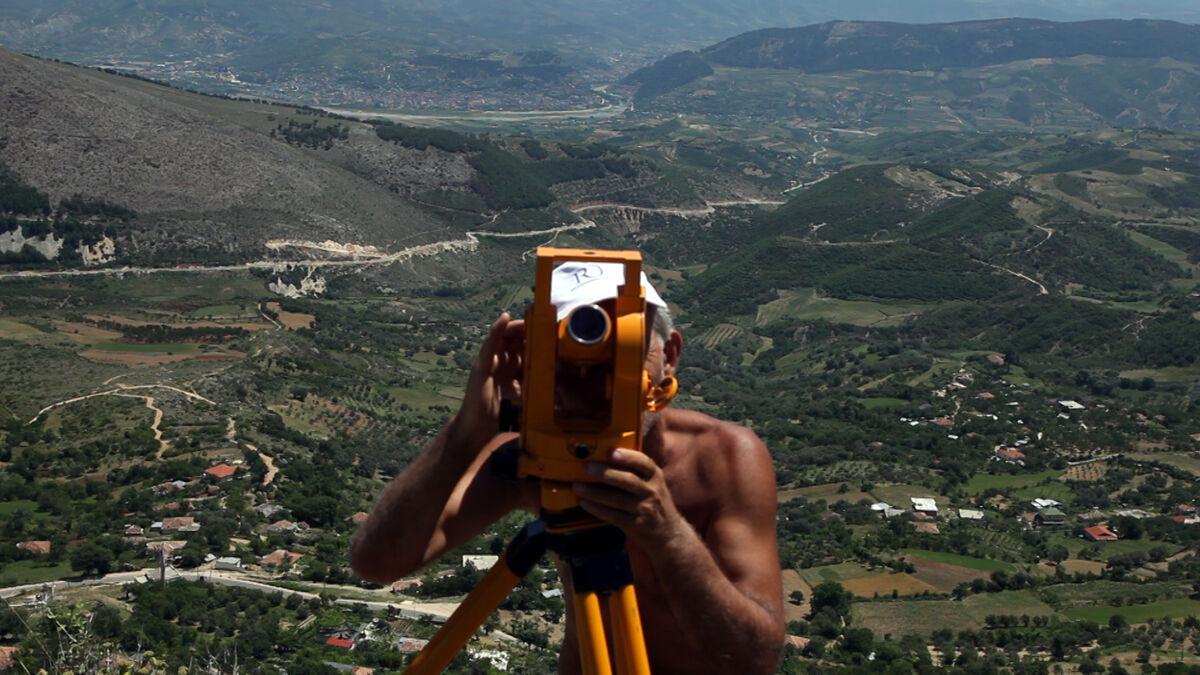 Armando Lulaj, NEVER, 2012, Film, Full HD video, duration 22min, b/w, color, sound.Courtesy of DebatikCenter Film, Paolo Maria Deanesi Gallery.