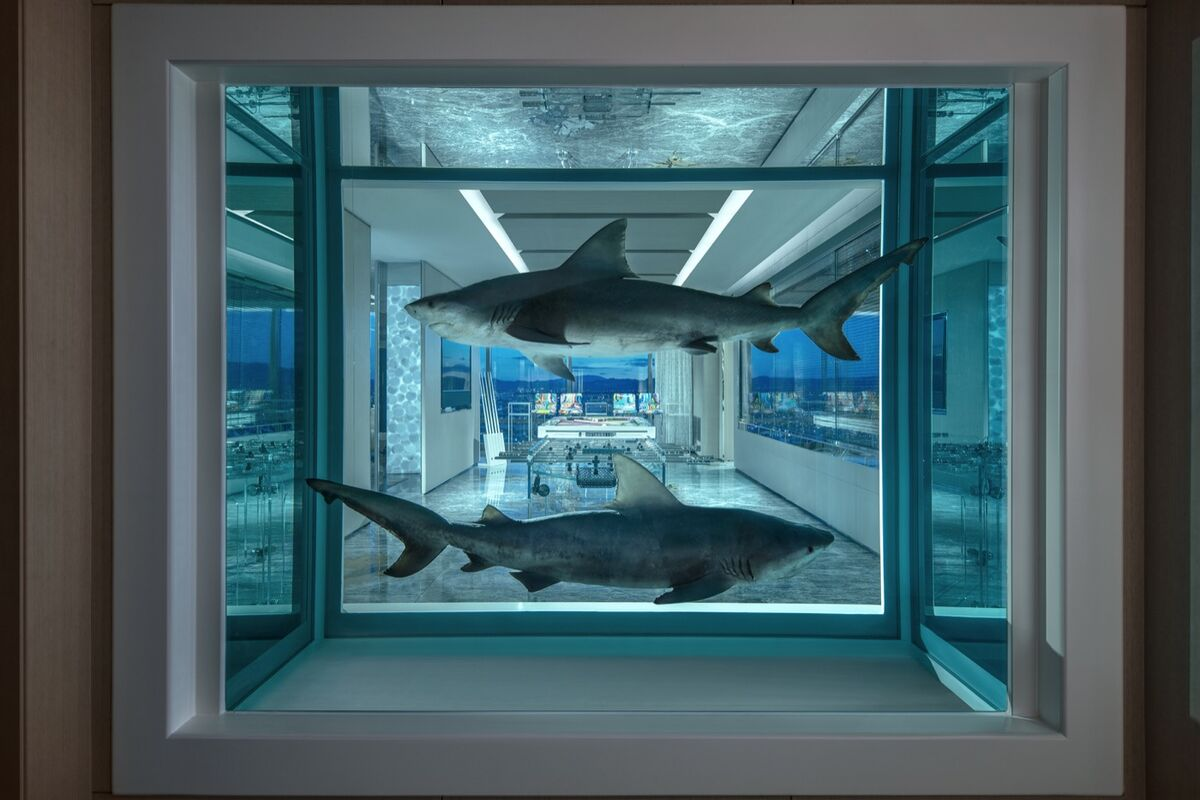 Damien Hirst Designed a $100,000-Per-Night Suite at the