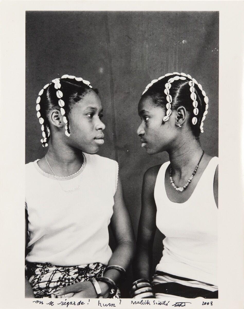 Malick Sidibé, On se regard! hum ?, c. 1970/2008. Courtesy of Jack Shainman Gallery.