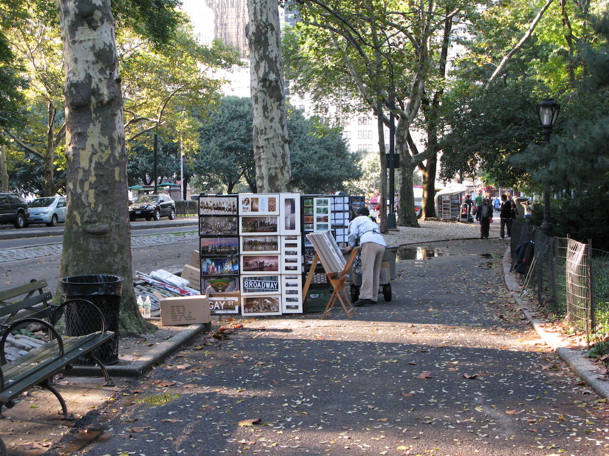Art vendors in Central Park. Photo by Salon NYC, via Flickr.