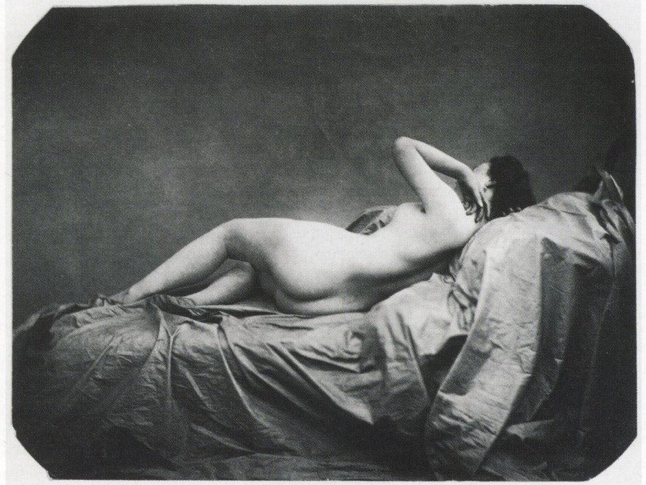 Auguste Belloc, Nu féminin allongé, ca.  1855. Imagen a través de Wikimedia Commons.