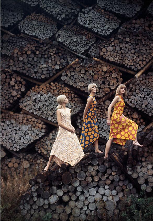 Tony Vaccaro, Marimekko Helsinki, 1965. Courtesy Tony Vaccaro Studio/Monroe Gallery.
