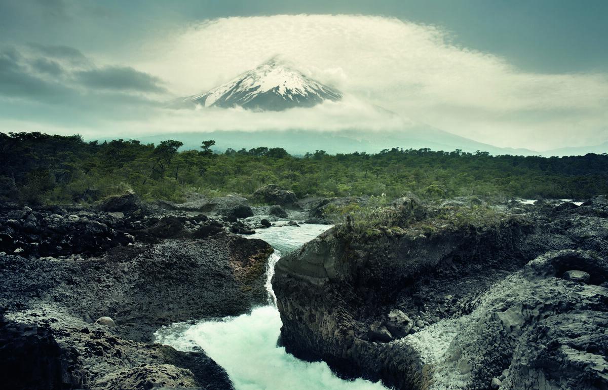 Volcàn Osorno, Parque Nacional Vicente Pérez Rosales, Patagonia, Chile. © Peter & Beverly Pickford, from Wild Land by Peter & Beverly Pickford.