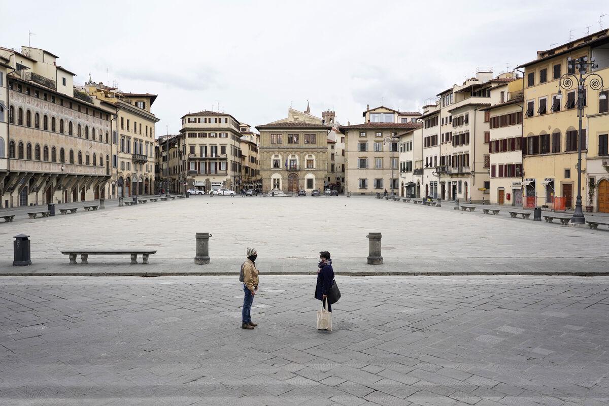 Giorgio Barrera, Firenze, Piazza Santa Croce, 2020. Courtesy of Giorgio Barrera.