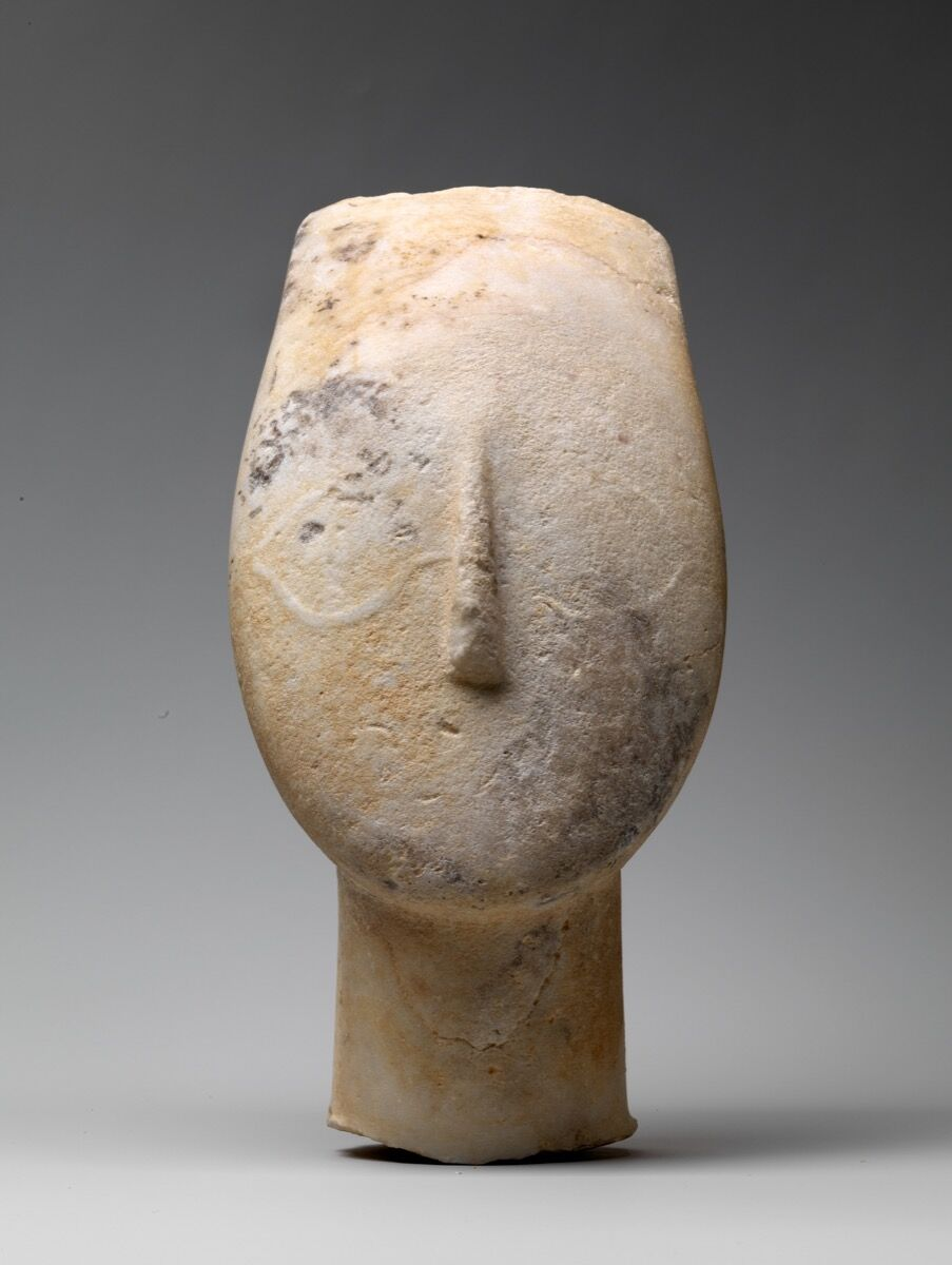Marble head from the figure of a woman, Early Cycladic II, 2700–2500 B.C.E. Courtesy of the Metropolitan Museum of Art.