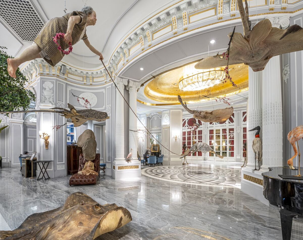 """Installation view of Sun Yuan and Peng Yu, """"If I Died,""""  at The St. Regis, Rome, 2020. Photo by Ela Bialkowska, OKNO Studio. Courtesy of the artist and Galleria Continua."""