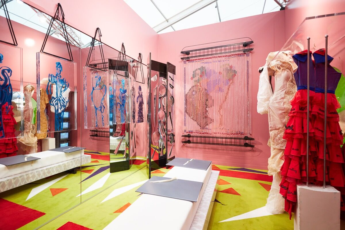 The 20 Best Booths at Frieze London and Frieze Masters - Artsy 2fe4d0ad1d8